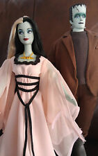BARBIE & KEN- THE MUNSTERS GIFT SET - 2001 - NO BOX - DISPLAYED ONLY
