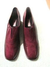 Beautiful Burgundy Women's Leather Shoes Size 8 1/2N By MUNRO