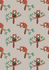 Fat trimestre panda rouge sur gris clair 100% coton tissu de matelassage Lewis et Irene