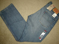 NWT Levi's 513 jeans 33 x 30 Slim  Straight Fit Retail $70   Style # 08513-0142