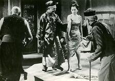VINCENT PRICE LINDA HO CONFESSIONS D'UN MANGEUR D'OPIUM 1963 VINTAGE PHOTO N°6
