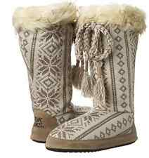 Muk Luks Muk Luks Women's Grace Slippers Lined Winter White SMALL 5-6 New  tags!