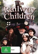 THE RAILWAY CHILDREN - Region 2 Compatible DVD (UK seller!!!) Jenny Agutter NEW