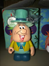 "The Mad Hatter w/ hat  3"" Vinylmation Alice in Wonderland Series"