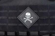 SKULL & CROSSBONES TACTICAL VELCRO PVC PATCH - Army Pirate Airsoft Morale Badge