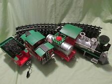 TEXACO CHRISTMAS TRAIN SET BATTERY OPERATED HOLIDAY 2-6-0 STEAM 13FT OF TRACK