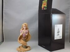 WALT DISNEY SHOWCASE COLLECTION RAPUNZEL 0832 of 3000 New