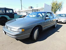 Oldsmobile: Cutlass 2dr Coupe SL
