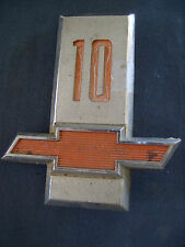 Chevrolet Truck 10 metal ornament emblem 3818127 Chevy red bowtie nameplate