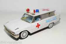 TINPLATE BLECH JAPAN BANDAI? FORD STATION WAGON AMBULANCE EXCELLENT CONDITION