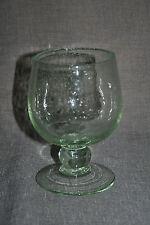 Beau verre à pied en verre bullé de BIOT