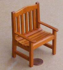 1:12 colore rovere scuro Sedia in legno Casa delle Bambole Miniatura Accessorio Giardino 211