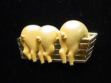 """""""JJ"""" Jonette Jewelry Gold Pewter '3 Pigs at the Trough' Pin ~ DAMAGED"""