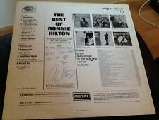 RONNIE HILTON . AUTOGRAPHED COVER . THE BEST OF RONNIE HILTON . NO OTHER LOVE