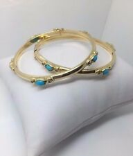 18K YELLOW GOLD BANGLES WITH TURQUOISE STONES (SET OF 2)