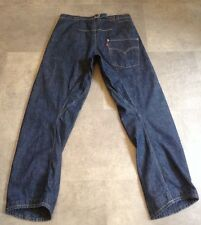 LEVI'S TWISTED/ENGINEERED JEANS SIZE 32 X 32 VGC