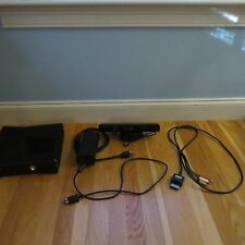 Xbox 360 Slim Edition (250 GB) including Xbox Kinect- Glossy Black
