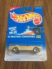 #455 '65 FORD MUSTANG CONVERTIBLE GOLD HOT WHEELS NEW 1995 3 Sp