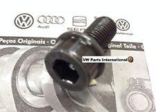 VW Corrado G60 VR6 Trasero PINZA PORTADOR Perno 1x NUEVO OEM VW piezas en todo el mundo Sh..