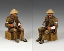KING AND COUNTRY WW1 Sitting Wounded Tommy FW169