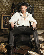 Rhys Meyers, Jonathan [The Tudors] (31674) 8x10 Photo