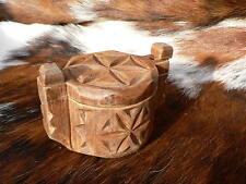 Ancienne petite boîte à sel bois sculpté Savoie montagne déco cuisine chalet