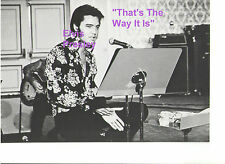 ELVIS PRESLEY REHEARSING TTWII FILMING AUGUST 1970 LAS VEGAS PHOTO CANDID #2