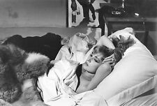 Photo originale Jeanne Moreau fourrure lit nudité cheveux Eva Joseph Losey