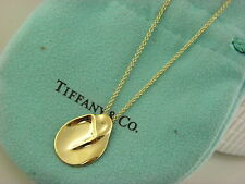Tiffany & Co 18k Yellow Gold Elsa Peretti Madonna Virgin Mary Necklace Pendant.