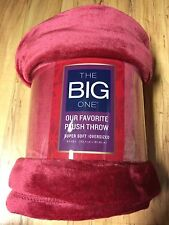 THE BIG ONE Valentine RED & PLUSH Over sized THROW Blanket SUPER SOFT 60x72