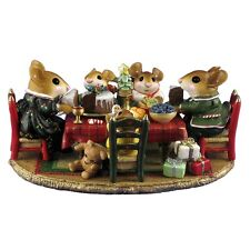 Wee Forest Folk M-302A Christmas Family Gathering Retired Never Displayed
