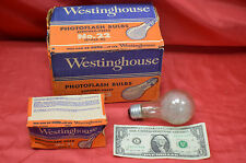 6 Westinghouse #22 Flashbulbs With 63,000 Light Lumens Output With Guide On Pack