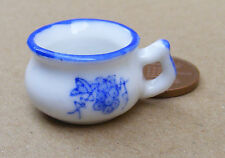 1:12 White Ceramic Chamber Pot Blue Motif Dolls House Miniature Bedroom B31