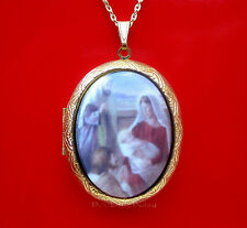 Christian Religious Porcelain CHRISTMAS NATIVITY MANGER CAMEO Locket Necklace