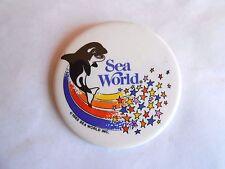 Vintage 1985 Sea World Amusement Park Killer Whale Souvenir Pinback Button