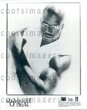 1996 Basketball Star Rapper Shaquille O'Neal Flexing Bicep Press Photo