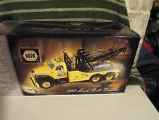 First Gear Mack B-61 Wrecker 1/25 diecast tow truck BIG !