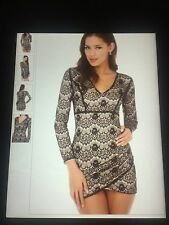 NWT LACE SMALL AKIRA DRESS VERY SEXY AND BODY FLATTERING