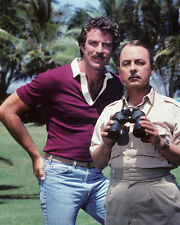 Magnum PI [Cast] (24998) 8x10 Photo