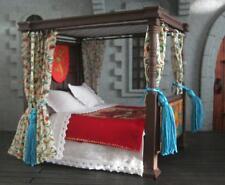Maison de poupées 4 poster gothique lit tudor médiéval habillé handmade nouveau en bois