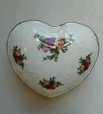 1962 Royal Albert Bone China Old Country Roses Heart Shaped Trinket Box