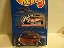 Hot Wheels 14th Annual Collector's Convention Red '32 Ford Vicky in Protecto