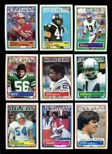 1983 TOPPS FOOTBALL LOT OF 800 MINT *INV2150