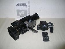 PANASONIC AG-DVX100E  Mini-DV Camcorder mit 250 Stunden und Zubehör. Gebraucht