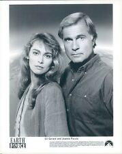 1990 Actors Gil Gerard & Joanna Pacula in Earth Force TV Show Press Photo