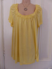 Pretty Kenneth Cole Reaction size XXL (UK16) yellow t shirt with ruched neckline