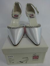 NEW Special Occasions by Saugus Shoe SOPHIA - 6830 White Satin Size: 7.5 D