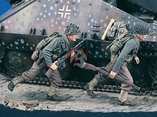 """Verlinden 1/35 """"Run!"""" US Infantry runing with Rifles WWII (2 Figures) 1861"""