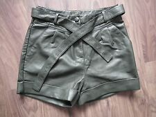 Denim & Co leather look khaki green shorts with tie belt - size 10