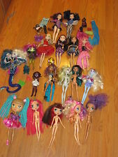 Monster High,,Ever After High,,Disney Descendants,,La Dee Da & other dolls Lot